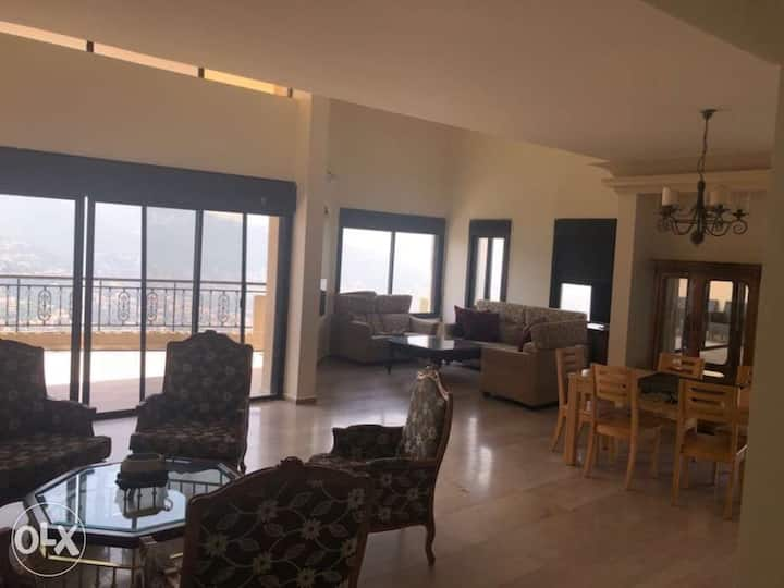 ((4 bedrooms)) apartment for rent ADMA