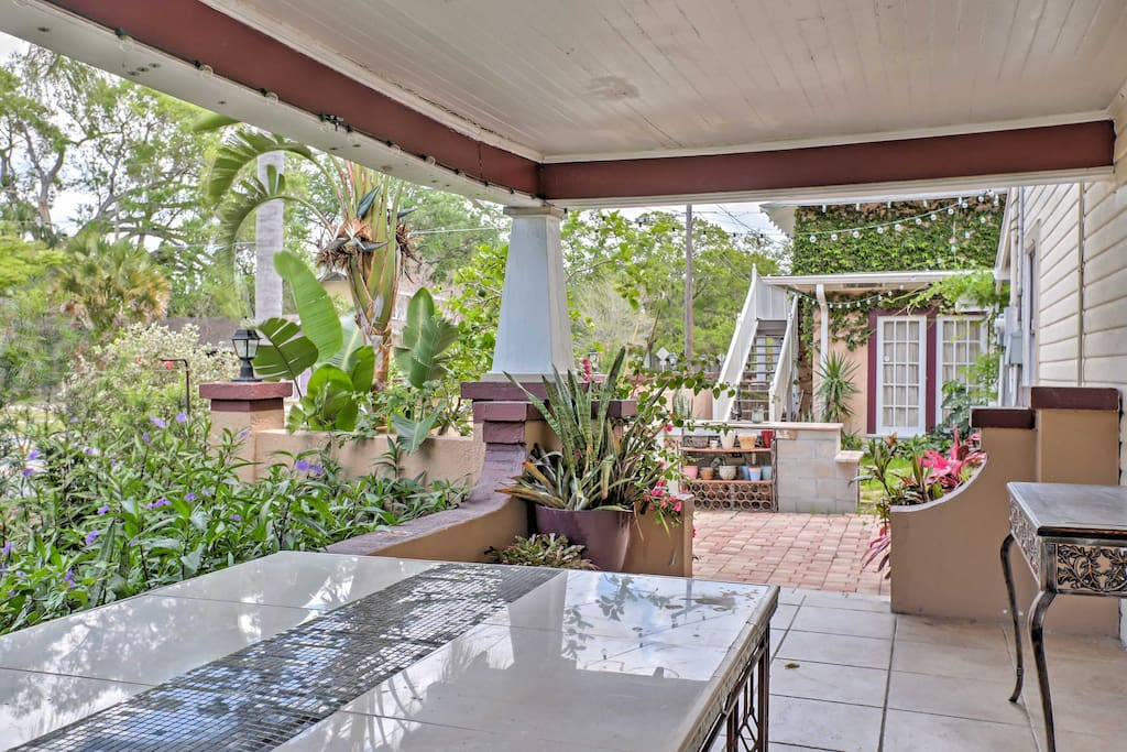 Kick back with your favorite beverage in-hand and absorb the tropical breeze from the property's front deck!