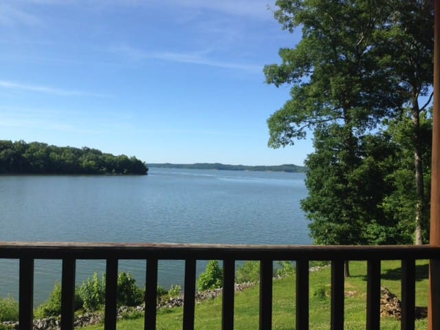 Waterfront Condo 4C on Kentucky Lake