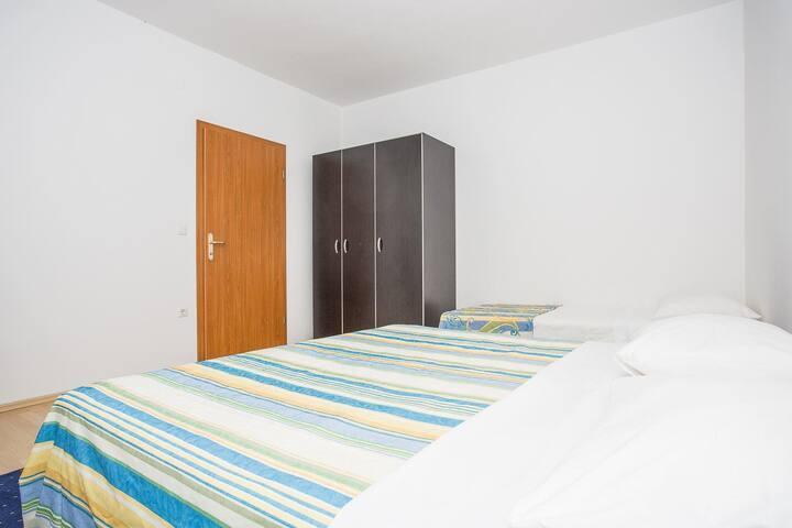 Apartments Macolić / One Bedroom 2A - แรบ - อพาร์ทเมนท์