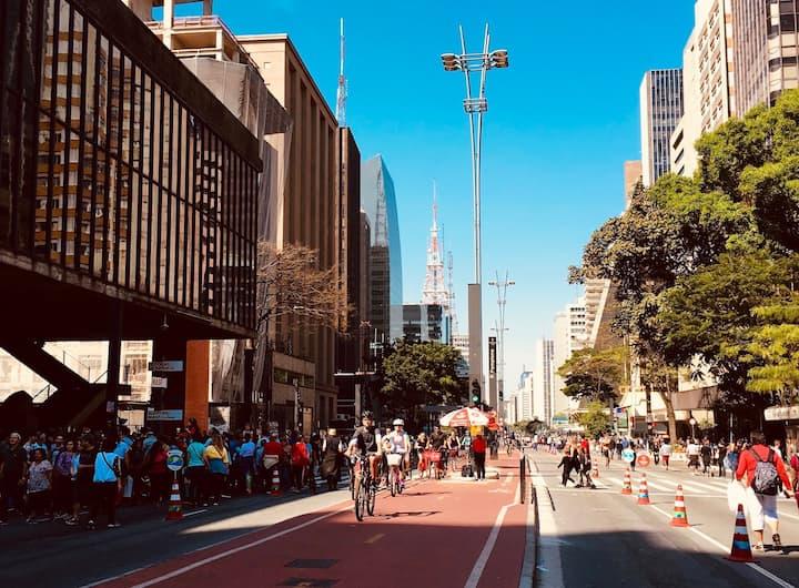 Passeio pela Avenida Paulista