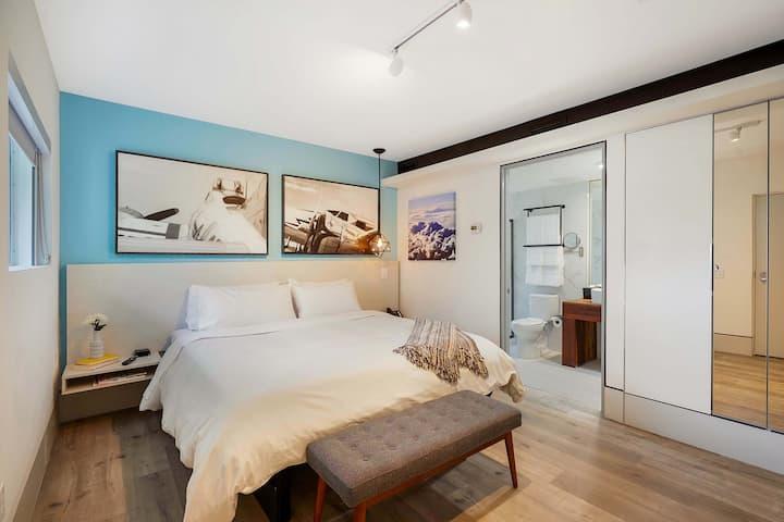 The Dune Room at Ocean Treasure Beachside Suites