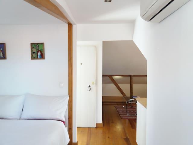 Penthouse loft prime location