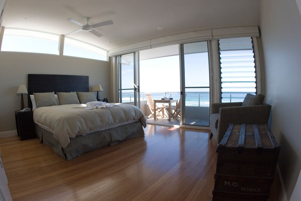 The master bedroom is upstairs for privacy. It features an ensuite bathroom with heated floor in winter, & balcony overlooking the beach.