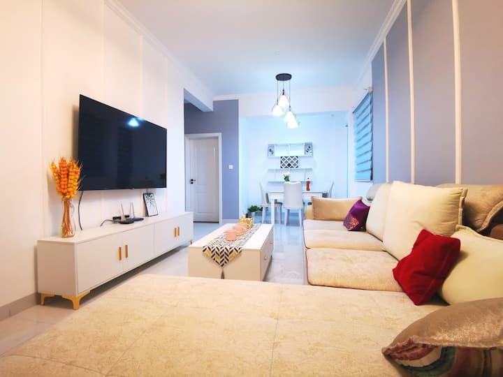 【Sunshine House】现代精致舒适两房两厅公寓/近苏澈公园/东坡湖/东坡印象
