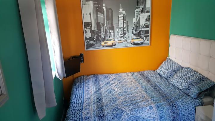 Private Double room +smart tv