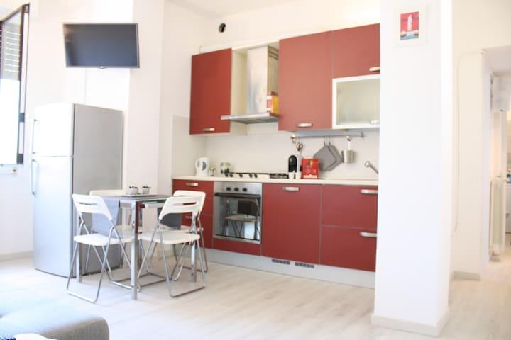 Camera singola in appartamento centro Milano