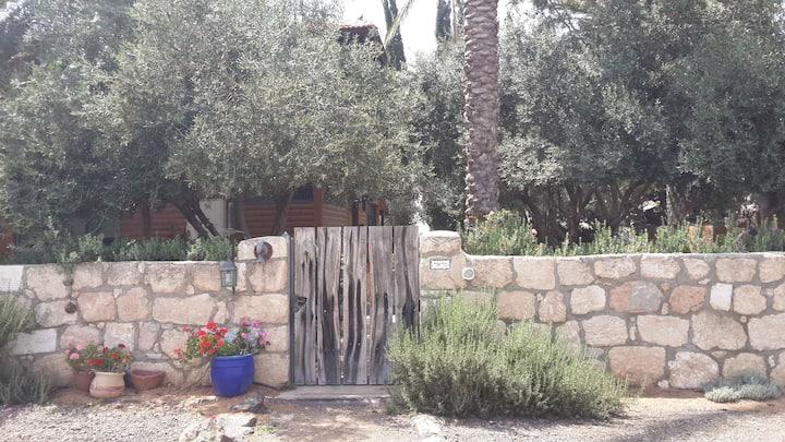 Home, privacy, garden, location!!!!