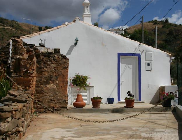 Tavira - Cozy rustic cottage -6 km - Asseca (santa Maria)