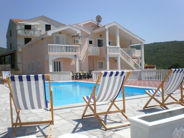 UNESCO Kotor   - Kotor - Apartmen