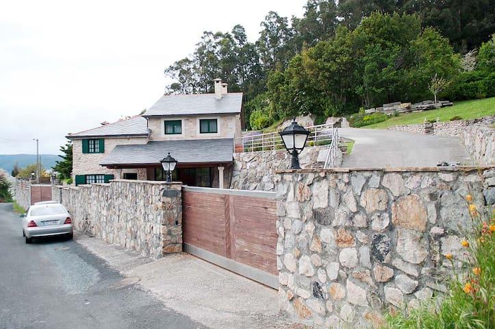 Villa Playa Area - Viveiro - Huis