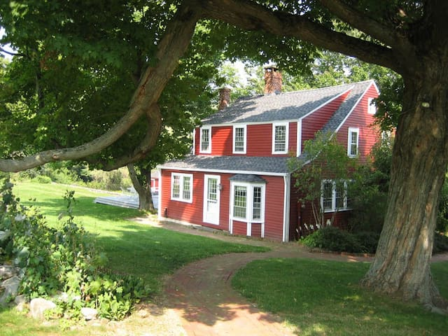 1770 Colonial 5 Bedroom - Litchfield - House