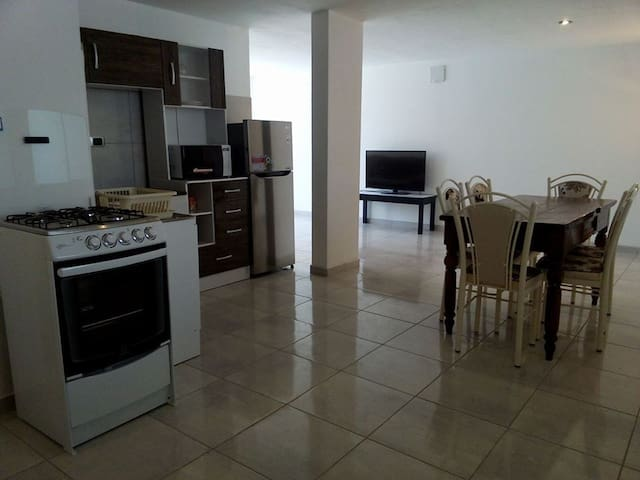 DEPARTAMENTO INDEPENDIENTE, 109MT - Arequipa - Huoneisto