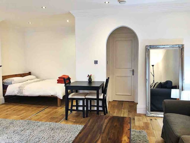Charming Studio in trendy Bayswater/Notting Hill