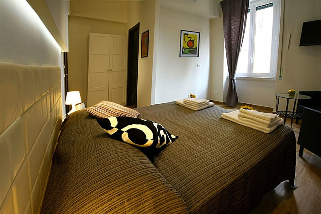 Вид со стороны кровати