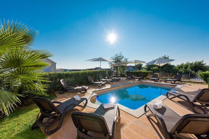 Best Island Vacation -Villa Milena 02 -GF -2BR apt
