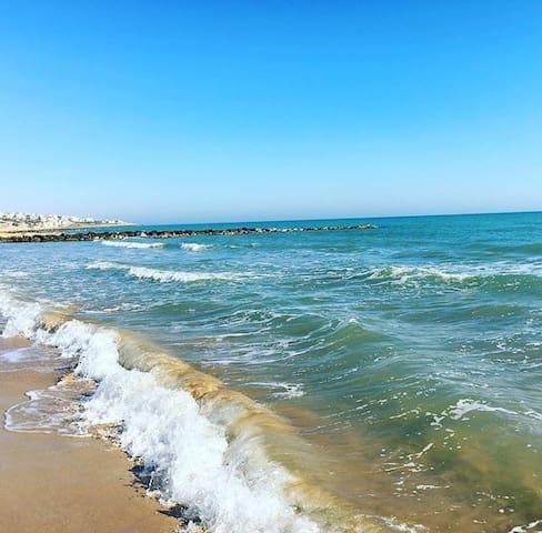 Пляж в городе Донналуката