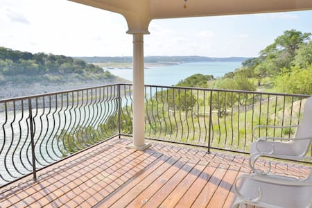 2BR Villa on Lake Travis, Views - Lago Vista