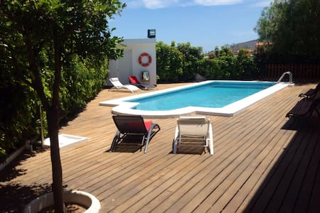 Villa with private pool - candelaria