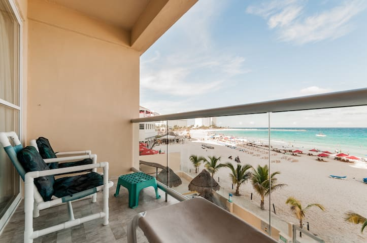The Best Mexican Caribbean Paradise + Beach CANCUN