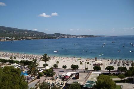 Apartamento con maravillosa vista sobre la playa - Palmanova