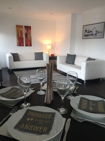 Fab apartment in Gartcosh. Discount  for 50+ days!