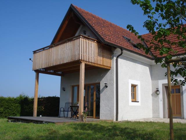 Landhaus am Kälberberg - Fehring - Casa