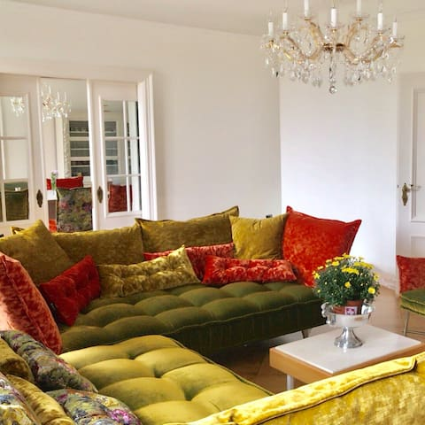 Living-Lounge Room... accessible to all guests of the Villa!