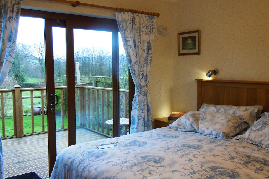Master Bedroom with Easy Access to Deck