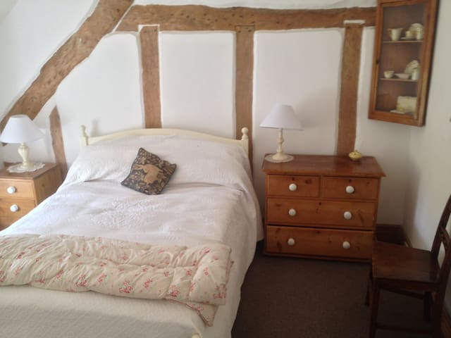 B&B in Double Room with Ensuite at Brewers Cottage - Isle Brewers - Bed & Breakfast