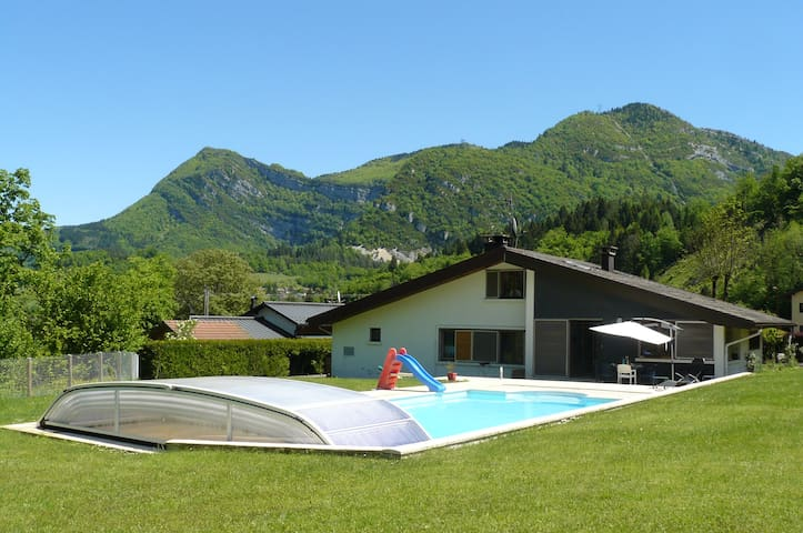 Maison avec piscine dans le Jura - Villard-Saint-Sauveur - Casa