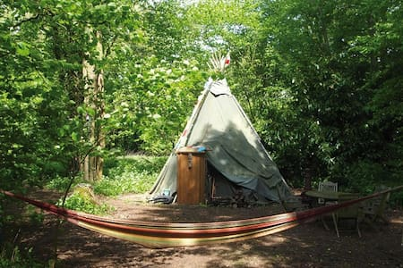 'Off Grid' Tipi Camping At Loddon Mill Arts - Loddon