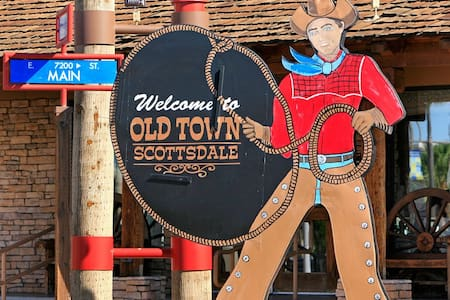 Live it up in Old Town, just steps from the bars! - Scottsdale