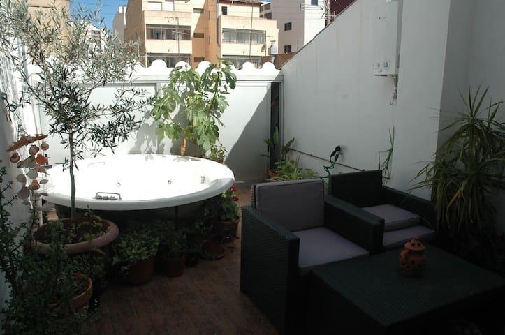 Un paraiso en medio de la ciudad - Castellón de la Plana - Casa