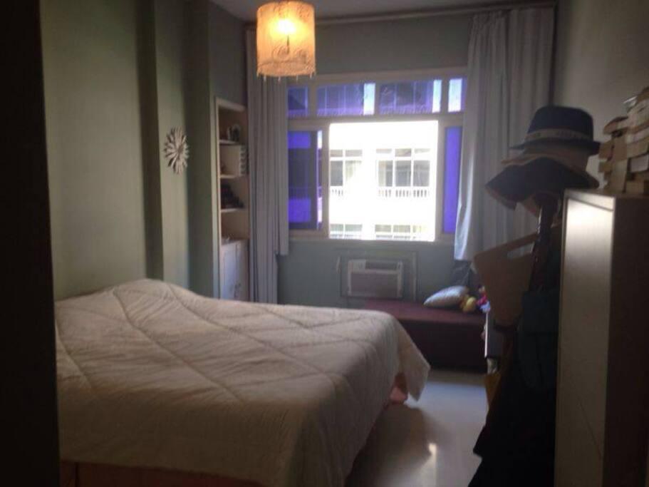 O segundo quarto faltou foto, mas é idêntico!