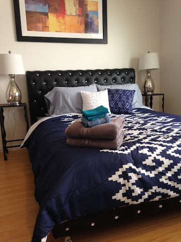 Comfortable and Spacious Studio in West LA (304)
