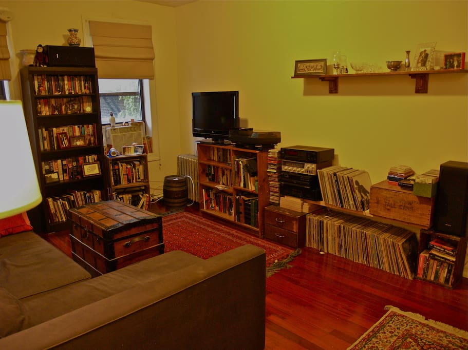 Living room with t.v and stereo.