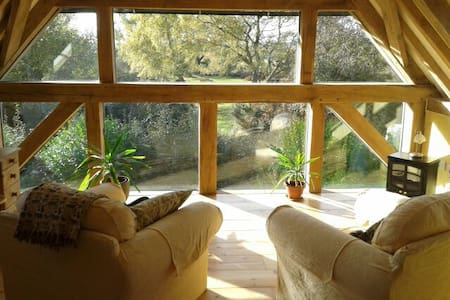 Oak Framed New Forest Room with Amazing Views - West Wellow