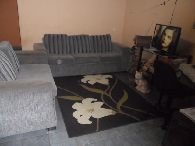 Casa conforto espaço e comodidade ! - Várzea Grande - Huis