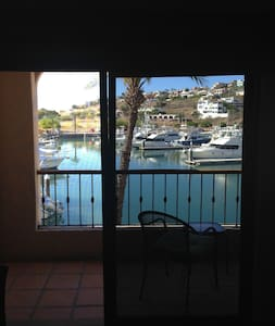 San Carlos Waterfront Elegance - San Carlos - Pis