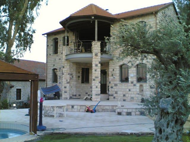 VillaGaash - Rosh Pinna - Casa