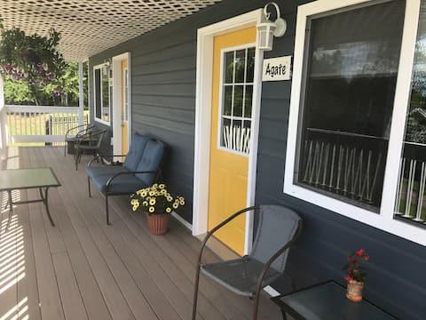 Cottage Duplex --Vista del lago Superior
