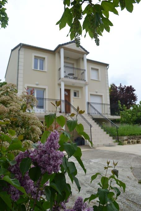 A louer chambre meubl e houses for rent in limeil for Jardin a louer ile de france