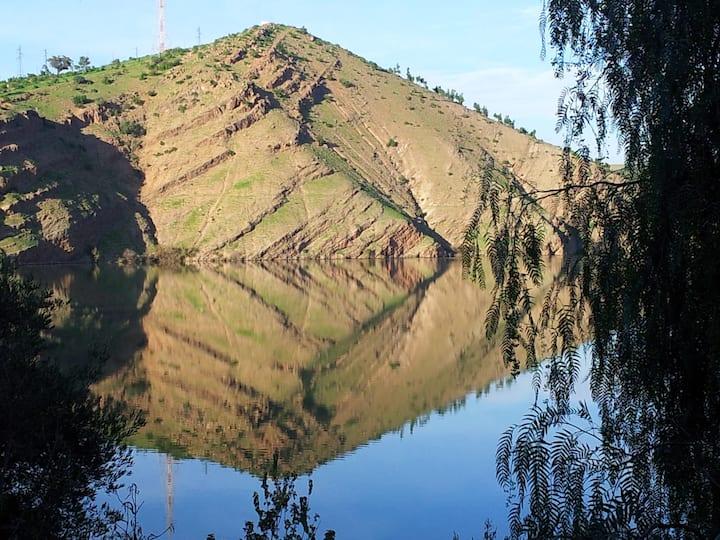 Villa Jardin au bord du lac Imfout