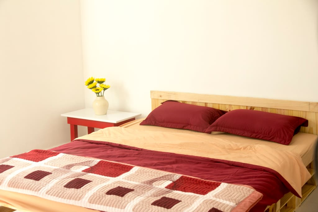 Room 1 - King Bed with Small Table