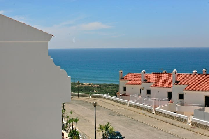 Vila with Pool and Ocean view 2