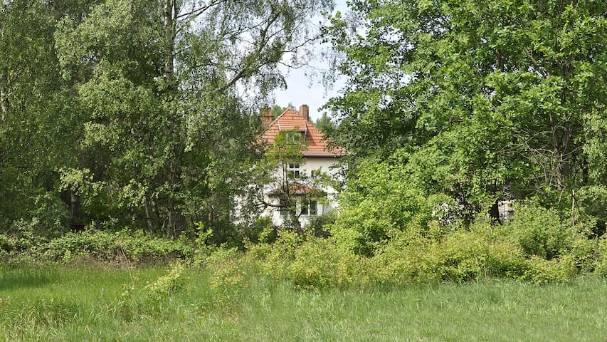 Landhausvilla mit Bullerbü-Flair nähe Berlin - Marienwerder - Villa