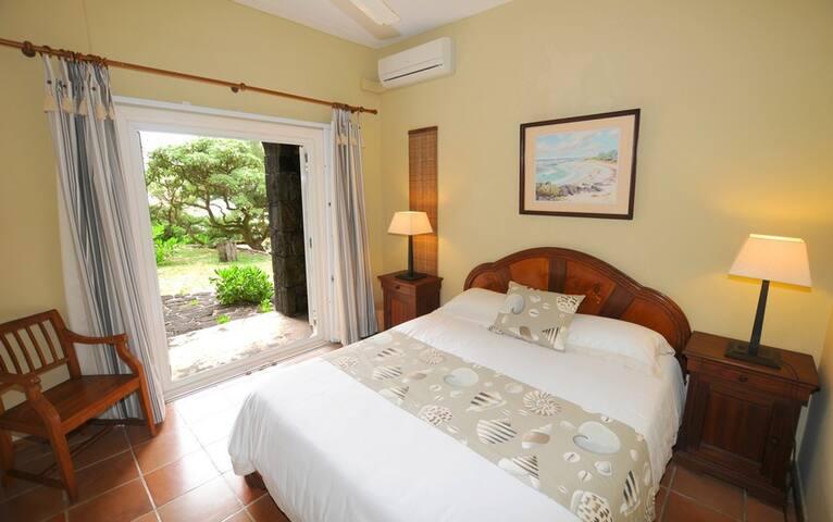 bedroom to garden 2