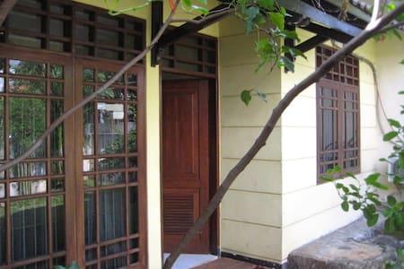 Cosy chic house, SW Jakarta - Jakarta Capital Region
