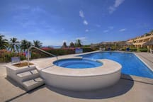 Great Pool and Spa